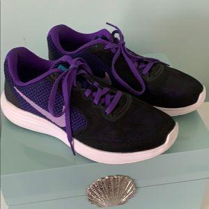 Nike Revolution 3 Black/Purple Sneakers
